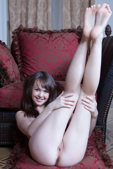 Adorable Legs Up Porn Photo