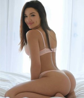 amateur photo Cute dimples, Sexy ass