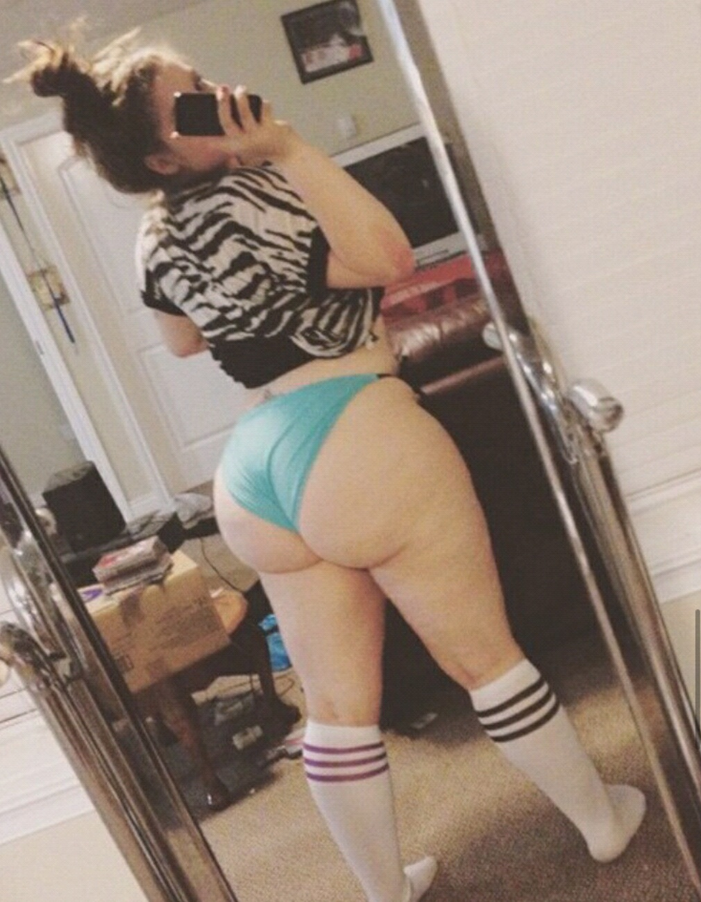 Skinny Bubble Butt White Girls