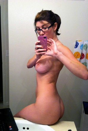 amateur photo Bathroom busty with glasses