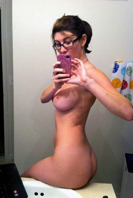 Bathroom busty with glasses Porn Photo