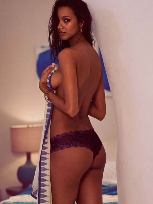 Lais Ribeiro Porn Photo