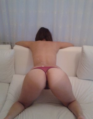 amateur photo I want thong tanlines but...