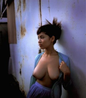amateur photo back alley torpedo tits