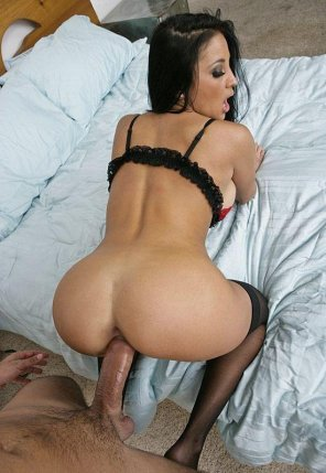 amateur photo Too Much for Audrey Bitoni