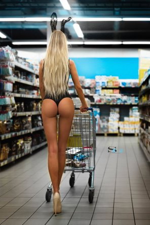 amateur photo Grocery shopping