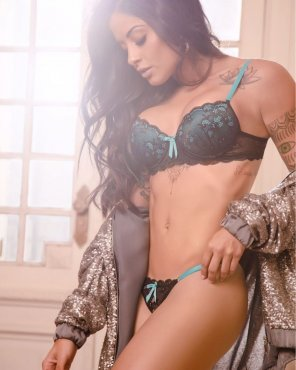amateur photo Aline Riscado