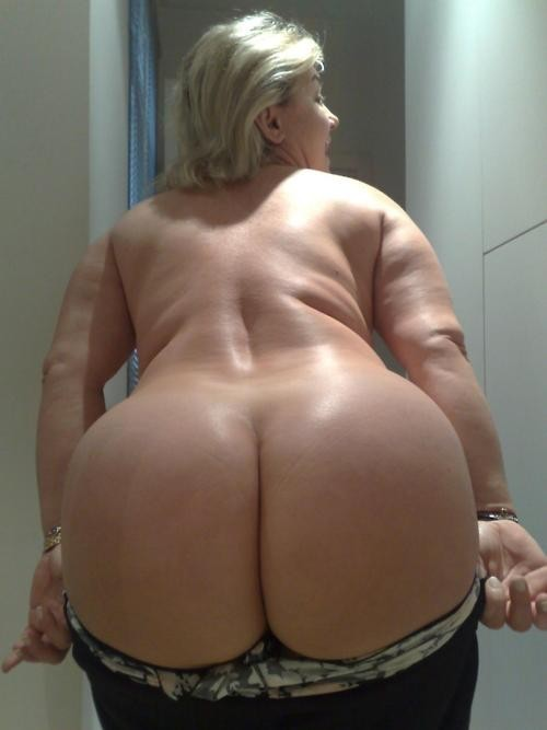 Nudist women photo of the day milf
