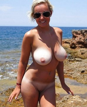 amateur photo Happy to be nude