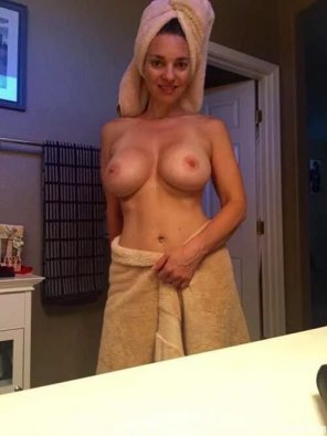 amateur photo 2 Towelz