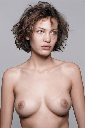 amateur photo Big nipples on perfect breasts