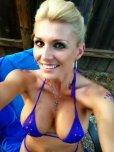 amateur photo Bikini mom