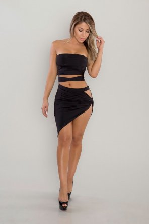 amateur photo Skimpy Black Dress