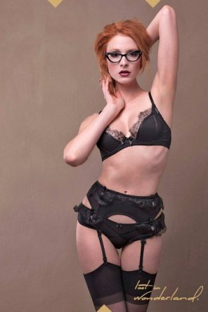 amateur photo Lingerie and glasses