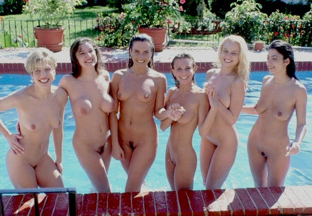 Pool girls Porn Photo