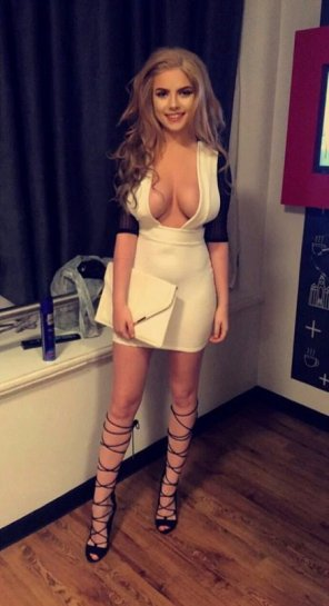 amateur photo Sexy Dress and High Heels