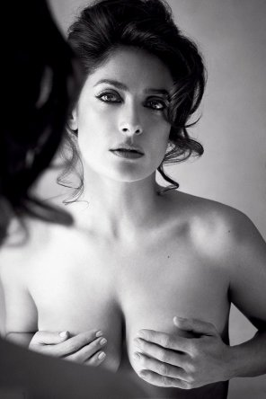 amateur photo Salma Hayek in Allure Magazine