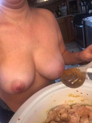 amateur photo Can't wait to get home. Dinner looks AMAZING. [F]