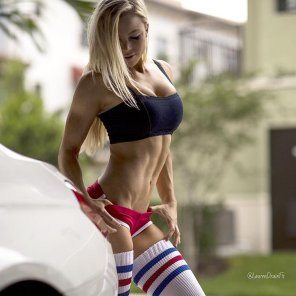 amateur photo Lauren Drain