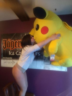 amateur photo Sexy thighs and Pikachu