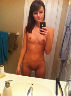 amateur photo Very, very tight brunette self shooter [request]