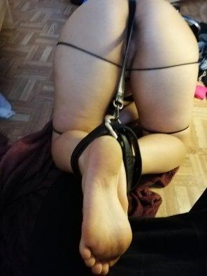 amateur photo A little tied up [f22]