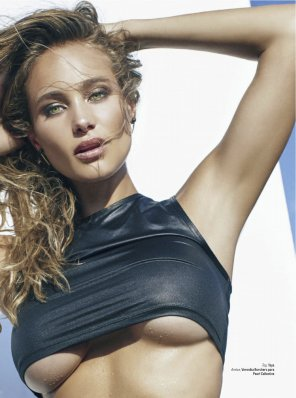 amateur photo Hannah Davis in GQ Mexico