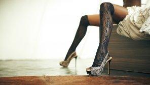 amateur photo Lace kneehighs