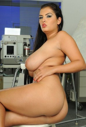 amateur photo Jasmine Black waiting for the doctor