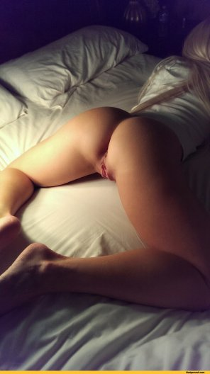 amateur photo Diamond on the Bed