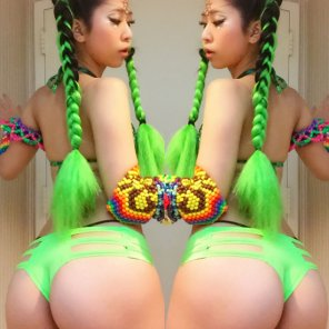 amateur photo Asstastic raver girl