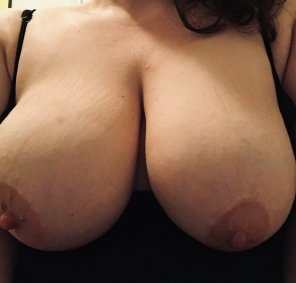 amateur photo There's a lot of them to bite. Think you can rough up my 34FFs?