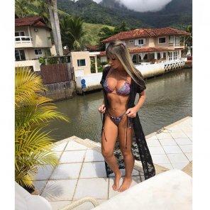 amateur photo Hot in bikini