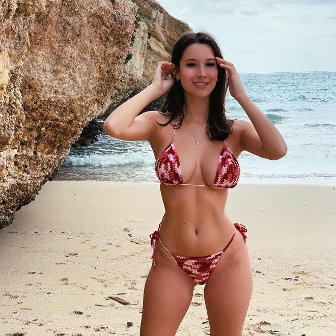 Gabriela Porn Pic - EPORNER