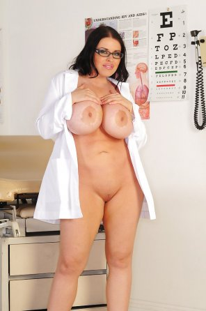 amateur photo Busty nurse