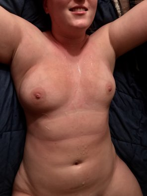 amateur photo Got A Huge Load All Over Me This Morning [F]