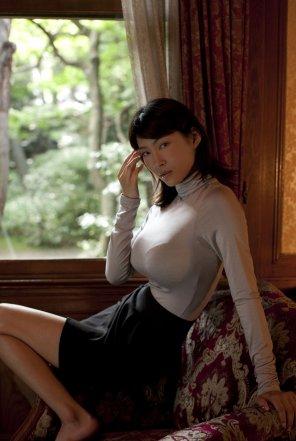 amateur photo Asana Mamoru