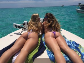 amateur photo Boat Days are the best days