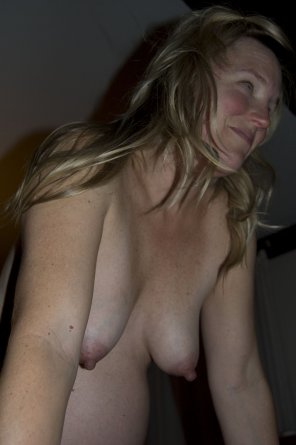 amateur photo Sweet Saggy MILF