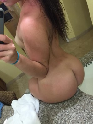 amateur photo Sink Booty