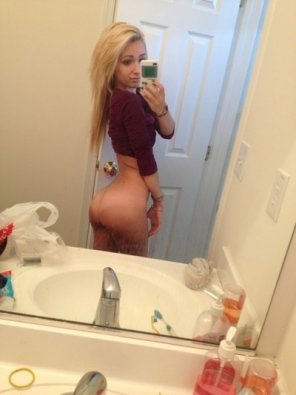 amateur photo Blonde with an ass