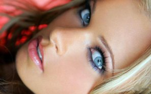 amateur photo beautiful face