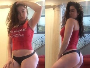 amateur photo PicMcKayla Maroney 5'4!!