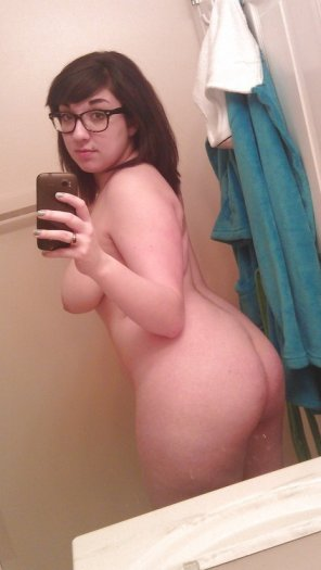 amateur photo Lovely ass selfie