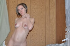 amateur photo MILF at home