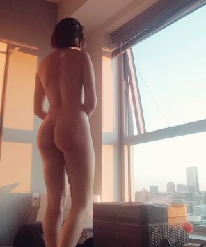 amateur photo enjoying the view [f]21