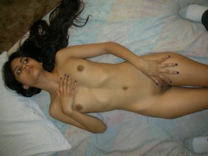 amateur photo Desi beauty in bed