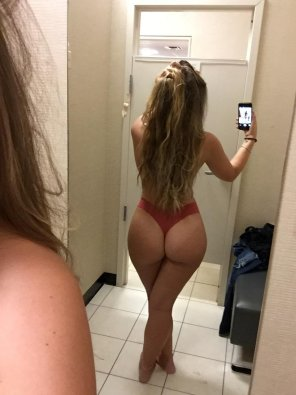 amateur photo Original Content[OC] Didn't end up buying anything, but hey, I got a booty pic out of it.