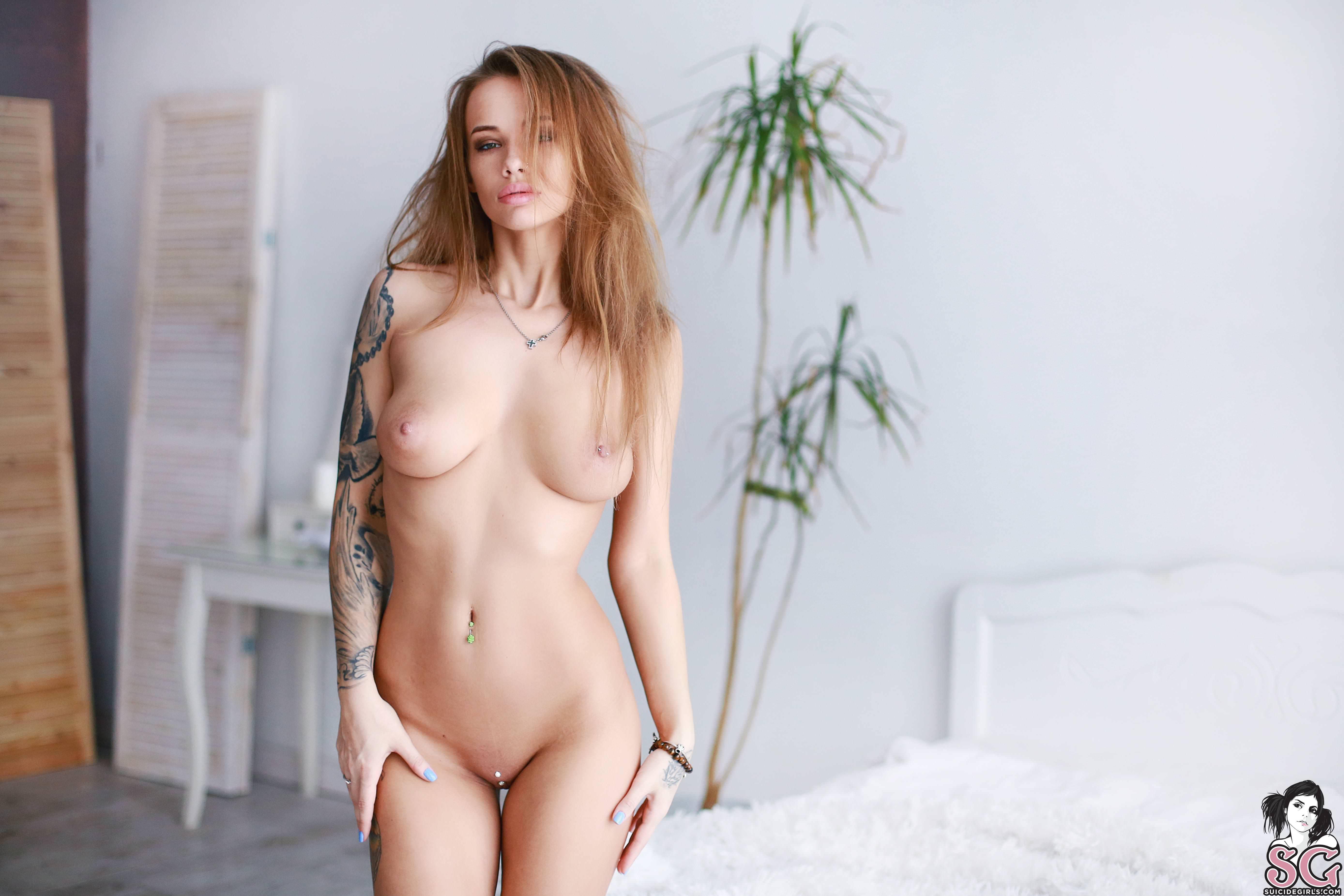 Wonka Suicide Nude