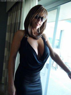 amateur photo Sexy Milf Wifey